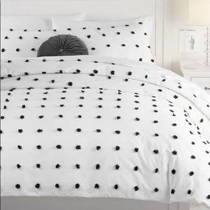 PB Teen Tufted Dot Duvet Cover White/Black Full/Qu